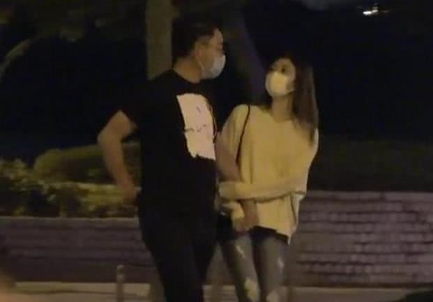 袁姗姗分享健身美照露纤腰腹肌 TVB金牌绿叶被曝婚外情