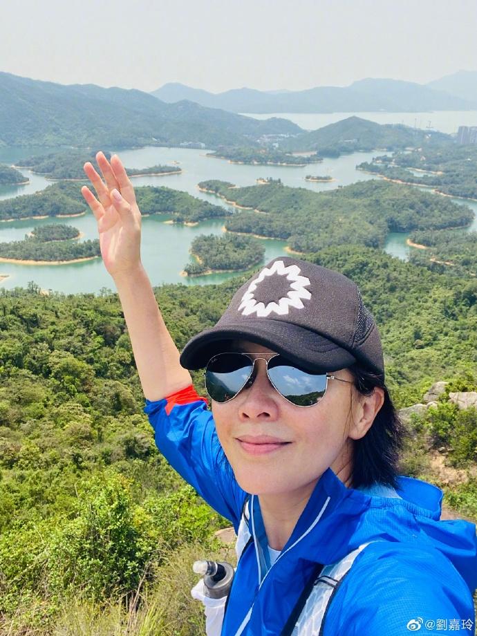 黄磊分享小女儿有趣日常 刘嘉玲千岛湖踏青享受美景